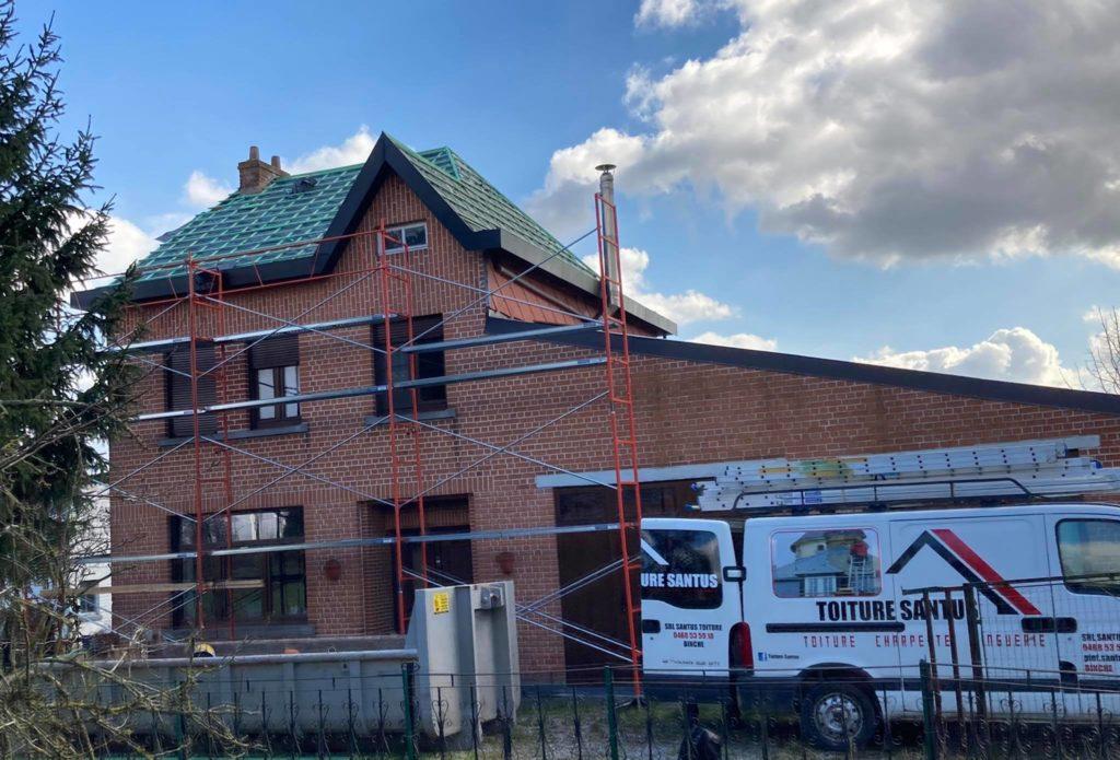 Chantier - rénovation toiture - cedral sur binche région